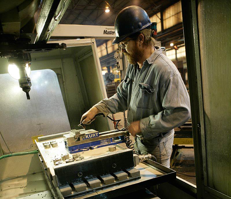Working CNC Forming/Machining